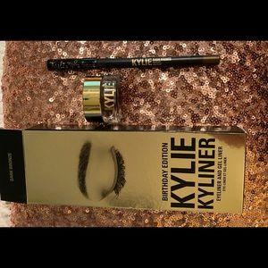 LE Kylie dark bronze kyliner